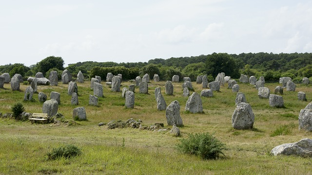 alignements mégalithiques de Carnac inspirant