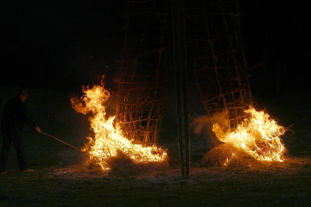 deux feux cérémonie druidique
